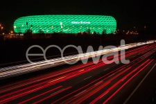 Philips-connected-LED-lighting-for-Allianz-Arena_facade-lighting_green-for-St-Patricks-day